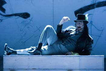 Mephistopheles in Faust
